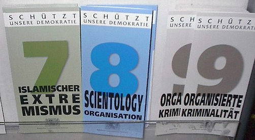 GERMAN SCIENTOLOGY WARNING LEAFLETS