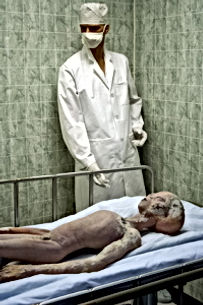 alien autopsy pic