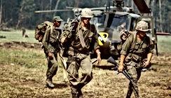 vietnam huey and marines