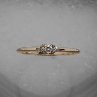 Rotgold zarter Krappenring mit 3 Diamant