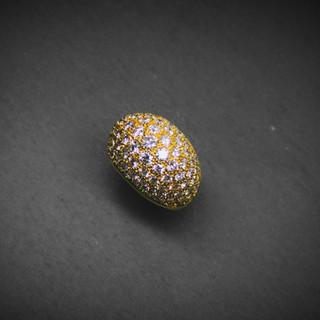 Gelbgold Kuppelring mit Diamanten.jpg