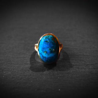 Gelbgold Ring mit Lapis.jpg