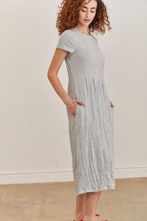 שמלת אוסי - לבן פסים