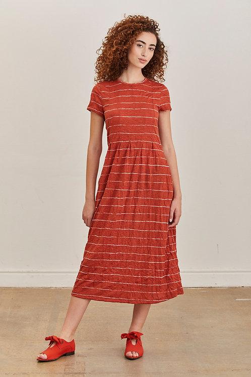 שמלת אוסי - חמרה פס לבן