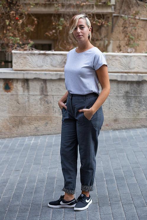 חולצת הילה - פסים לבן שחור