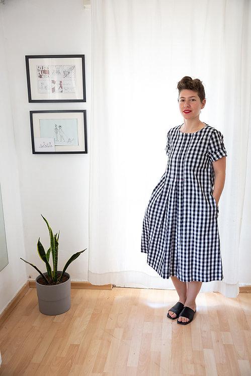 שמלת חנה- שחור לבן משבצות