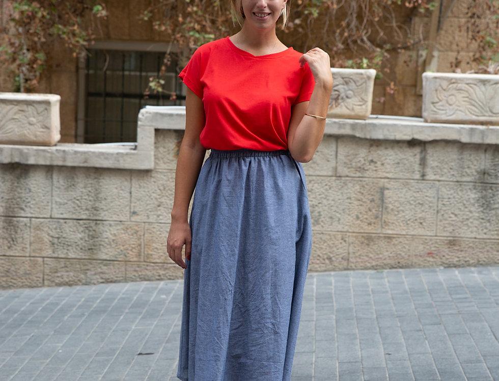 חולצת הילה - אדומה