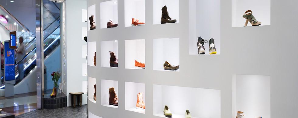 background-shoe-display.jpg