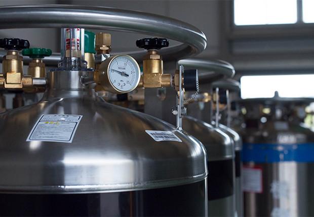 低温機器及容器