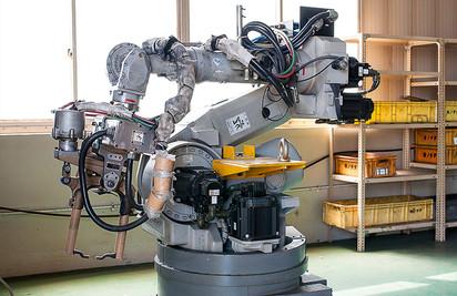 スポット溶接 用途最適化ロボット