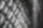 Tappeto in lana e viscosa 'handspun', tessuto a mano. Brera è un selciato domestico, morbido e regolare nella struttura, finemente lavorata a telaio 'handloom'. Il bordo è realizzato con una tessitura piana in filo di lana ritorto.