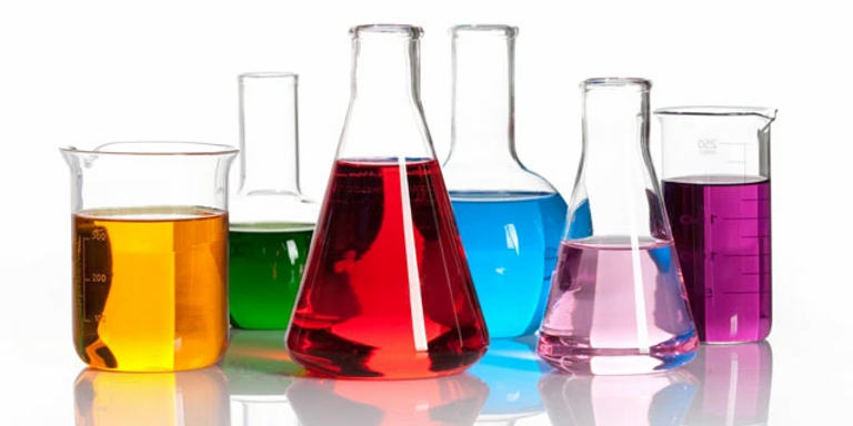home-chemistry-lab-supplies.webp