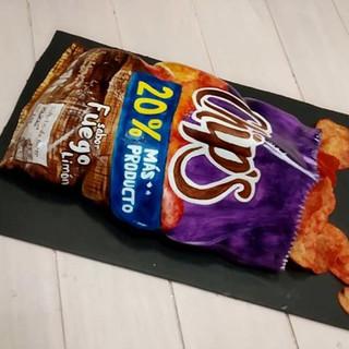 Pastel en forma de Chips Fuego. ¿Qué opi