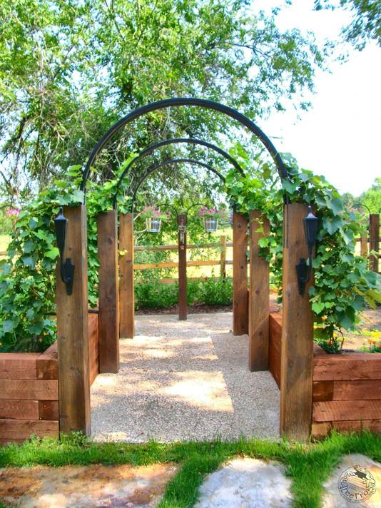 wood and steel arch 2_wm.JPG