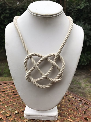 Oyster Heart Knot