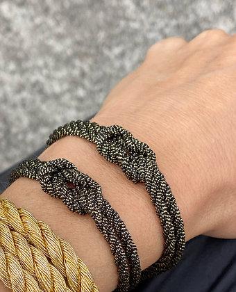 Love Knot in Black & Gold