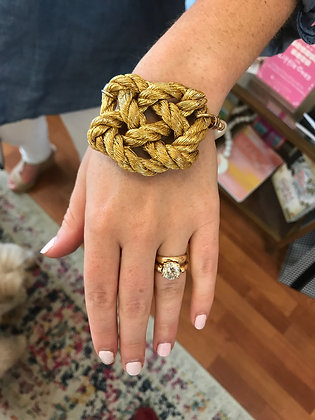 Gold Heart Knot Bracelet with Freshwater Band