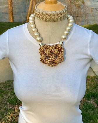 Snowy Heart Golden Braid