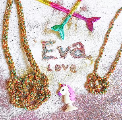 Mini Eva Love Heart Knot