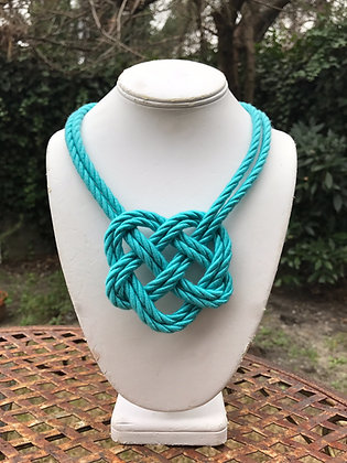 Double Heart Knot in Turquoise