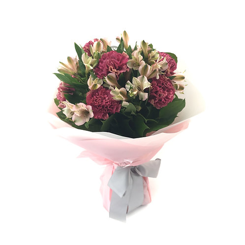 Red Carnation Bouquet  紅色康乃馨花束 FB009
