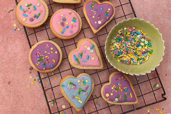 Pretty pastel biscuits