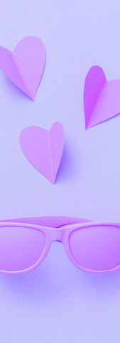 Sunglasses painted in purple with hearts