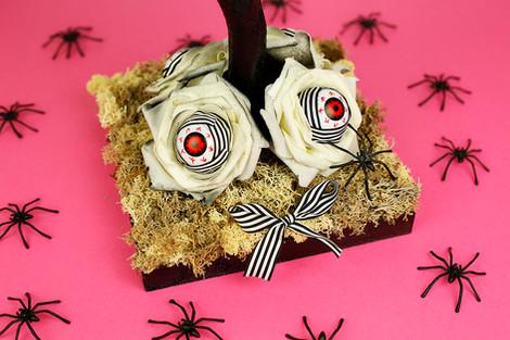 Halloween eyeball tree