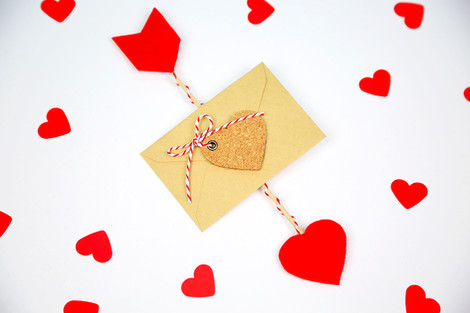 Love arrow card