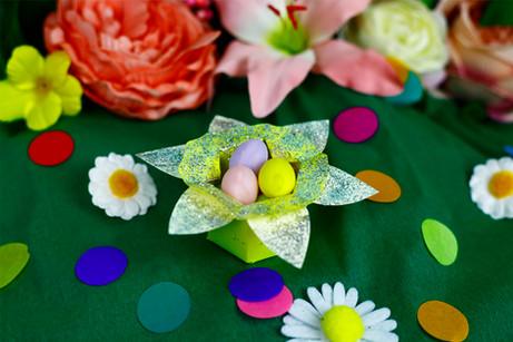 Daffodil egg baskets