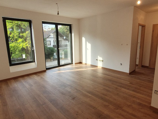 KJ28 első lakás