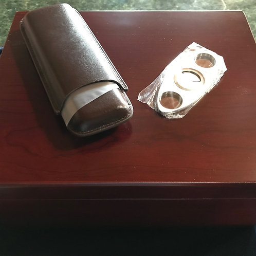 Humidor 40 count with Cutter and Cigar case