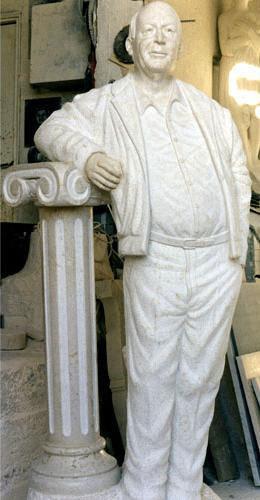 Statue Saleh Khalaf