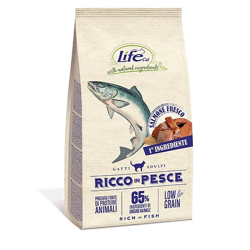 Life Pet Care - Natural Ingredients Adult Low Grain Ricco in Pesce