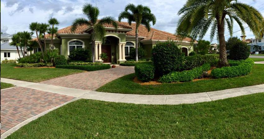 Lawn Service Palm Beach Gardens