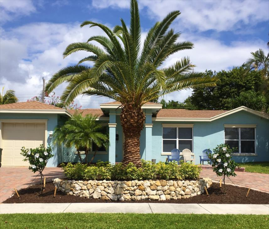 Landscaper North Palm Beach