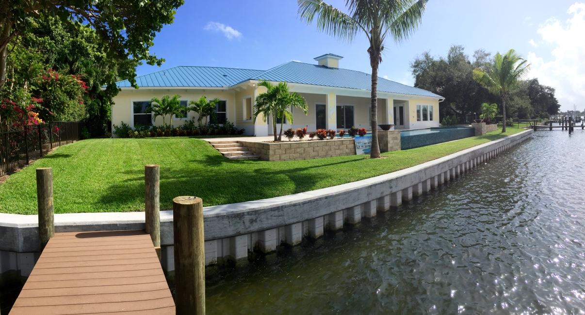 Landscaper North Palm Beach