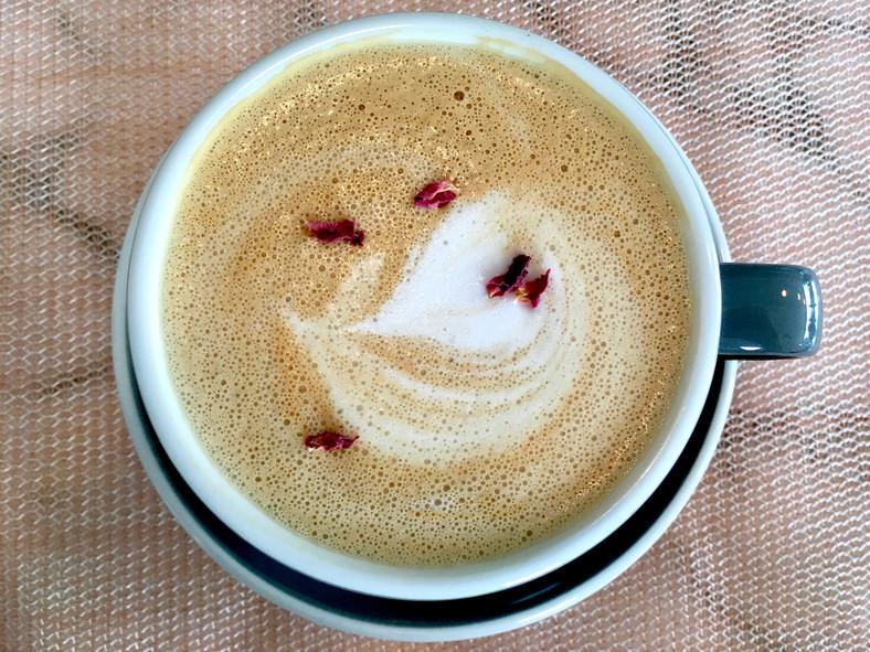 Cafe Roze 2.jpg