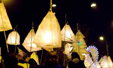 lantern_parade.jpg