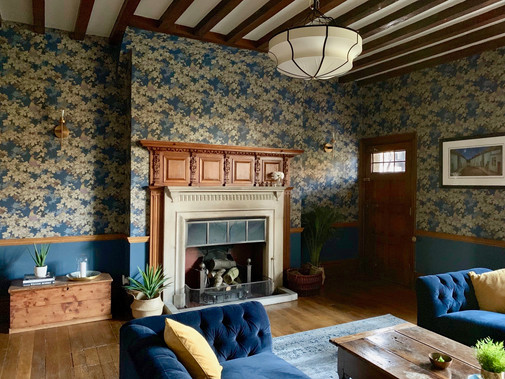 Arts and Crafts Drawing Room
