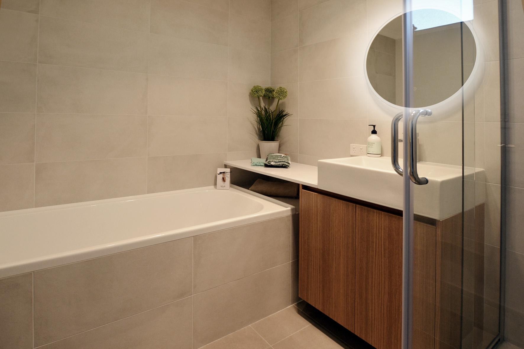 Bathroom1glowsm