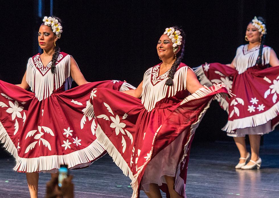 Dancers for Header.jpg