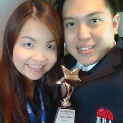 Jeffrey and Elaine receiving Best Client's Service Award.
