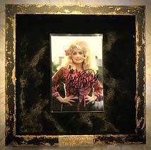 Dolly Parton nimikirjoitus