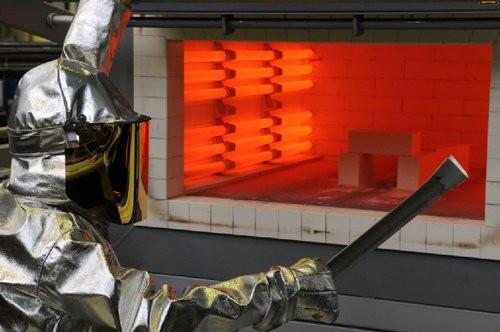 A técnica consiste em lidar com fases intermediárias do aço durante o processo produtivo tradicional. Imagem: WMG/Universidade de Warwick