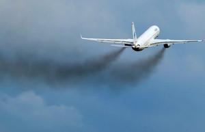 Conceito de avião elétrico híbrido pode reduzir o problema de poluição do ar da aviação