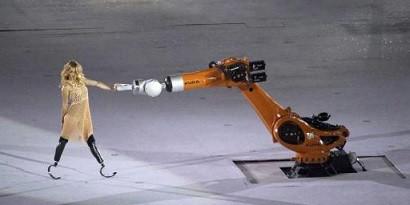 Paralimpíadas 2016 - Amy Purdy dança com robô