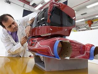 Centro Tecnológico da Mercedes no Brasil faz 25 anos