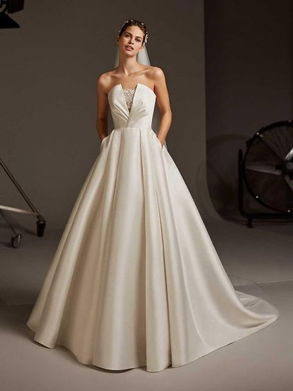 Pronovias Pheobe - TICKET ONLY