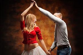 Salsa-Tanzpaar-beim-Salsa-Kurs.jpg